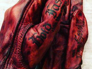 gants-cuir-rouge-moto