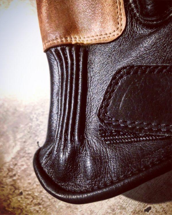 gants-moto-cuir-noir-vintage-le mans-1971-HoldFast-detail