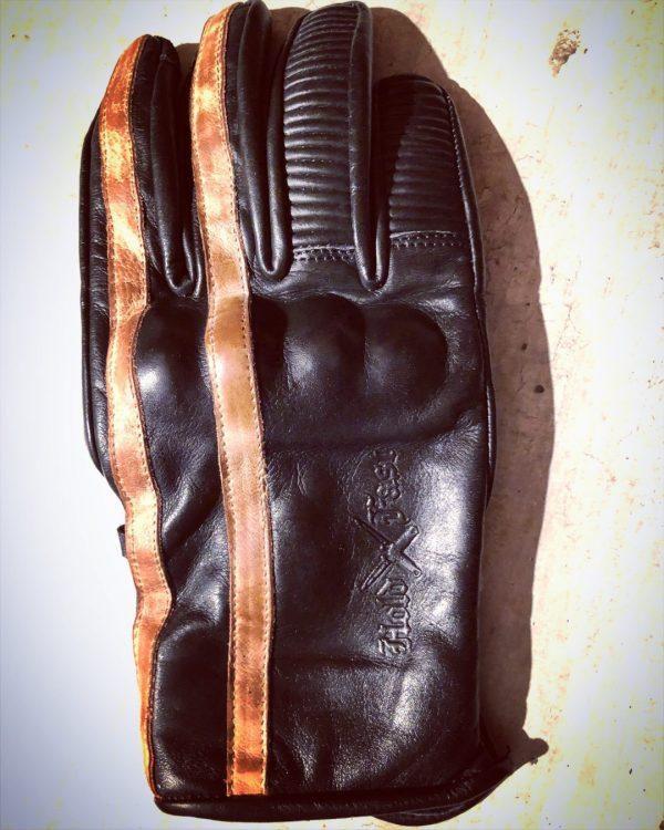 gants-moto-cuir-noir-vintage-le mans-1971-HoldFast-été