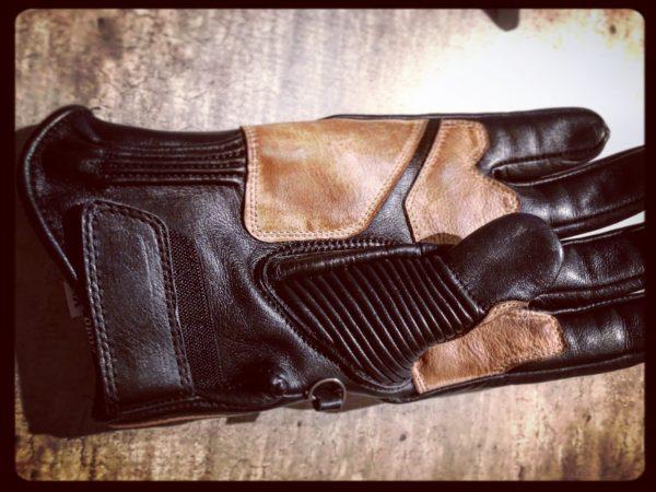 gants-moto-cuir-noir-vintage-le mans-1971-HoldFast-hiver