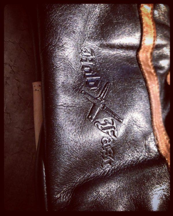 gants-moto-cuir-noir-vintage-le mans-1971-HoldFast-homologues