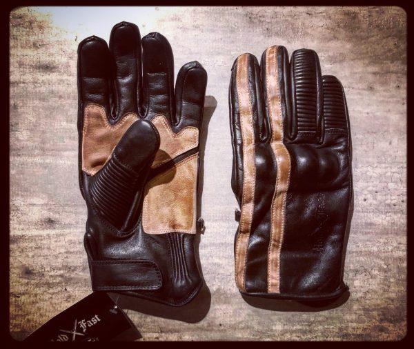 gants-moto-cuir-noir-vintage-le mans-1971-HoldFast-retro