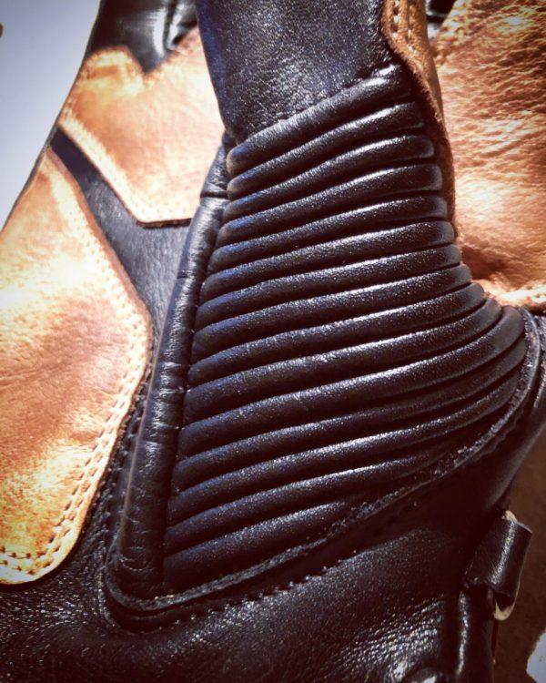 gants-moto-cuir-noir-vintage-le mans-1971-HoldFast-souflets